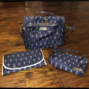 JuJuBe BFF convertible diaper bag - The Admiral